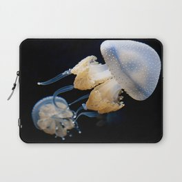 Jellyfish Swimming - Underwater Photography Laptop Sleeve