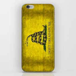 Gadsden Flag, Don't Tread On Me in Vintage Grunge iPhone Skin