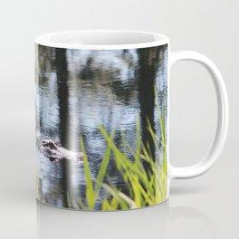 Alligator Moving Along Coffee Mug