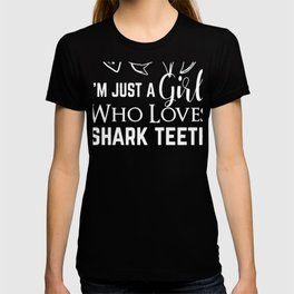 Fossil Hunter Girl Shark Teeth Hunting Collecting T-shirt