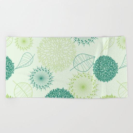 GREEN LEAVES PATTERN Beach Towel