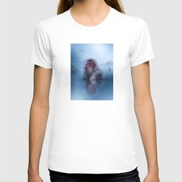 Macaque (Low Poly Blue Snow Monkey) T-shirt