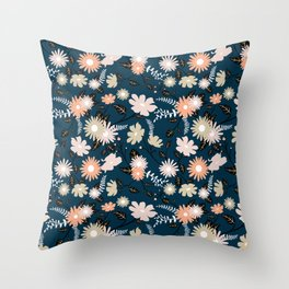 Marseille - Floral Pattern Throw Pillow