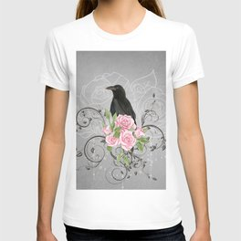 Wonderful crow with flowers T-shirt