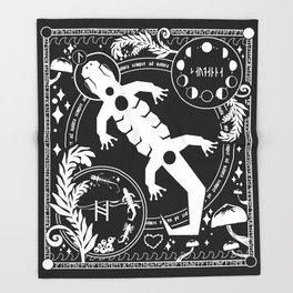 Salamander Tapestry (v2) Throw Blanket