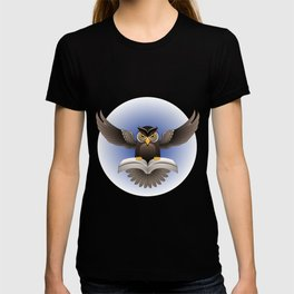 Brown Owl fly with the book T-shirt