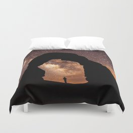 Milky Way Stargazing under a Desert Arch Duvet Cover