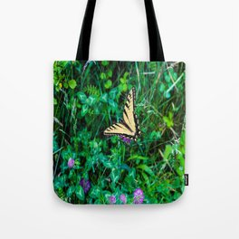 A Butterfly Using Its Wings Tote Bag
