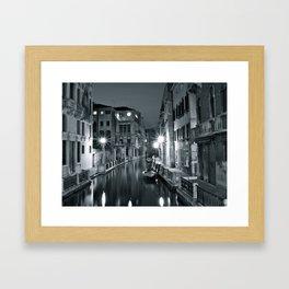 Venezia di notte Framed Art Print