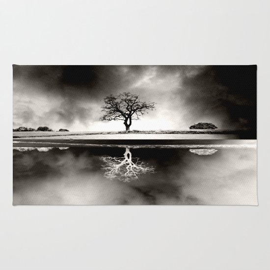 SOLITARY REFLECTION Rug