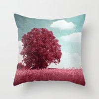 moulin rouge Throw Pillows featuring ROUGE by VIAINA