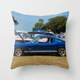summer stang Throw Pillow