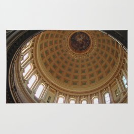 The rotunda of the Capitol building in Madison, Wisconsin Rug