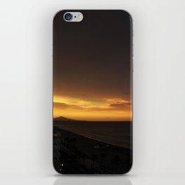 Cuando el Sol se pone iPhone Skin