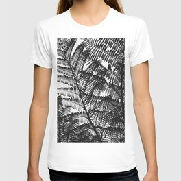 Black and White Fern Silhouette Pattern T-shirt