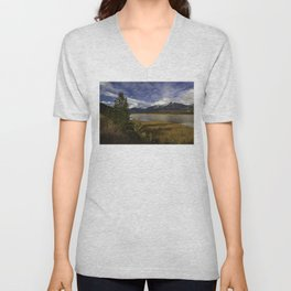 Walking with her head in the clouds Unisex V-Neck