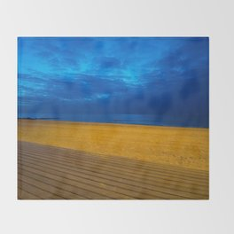 A night at the beach Throw Blanket