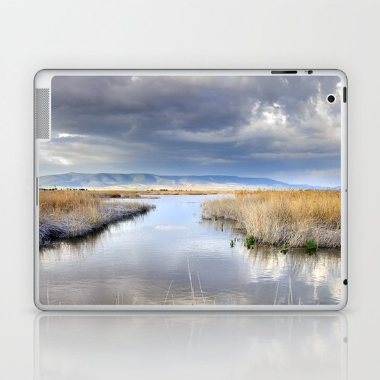 the way for major storms Laptop & iPad Skin