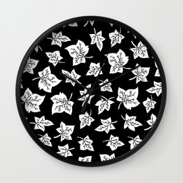 Autumn Leafs Pattern Wall Clock