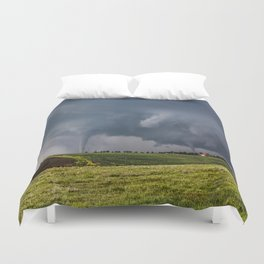 Twins - Two Tornadoes Touch Down Near Dodge City Kansas Duvet Cover