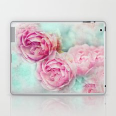 RED ROSES FOR THE LADY Laptop & iPad Skin