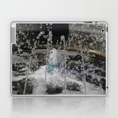 water play Laptop & iPad Skin