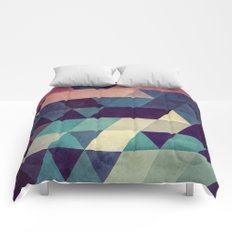 cryyp Comforters
