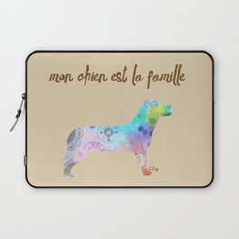 """mon chien est la famille (French for """"My dog is my family"""") Laptop Sleeve"""