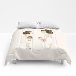 """""""Letras Mayores"""" Comforters"""