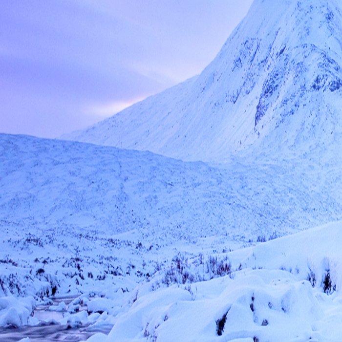 Freezing Mountain Lake Landscape : Blue Leggings