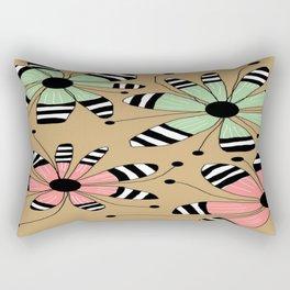 FLOWERY MAGGIE / ORIGINAL DANISH DESIGN bykazandholly Rectangular Pillow