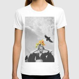 CROW GIRL T-shirt