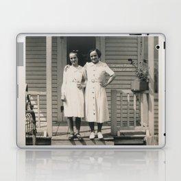 Les soeurs Bisson, Thérèse et Alice - The sisters Bisson, Therese et Alice Laptop & iPad Skin
