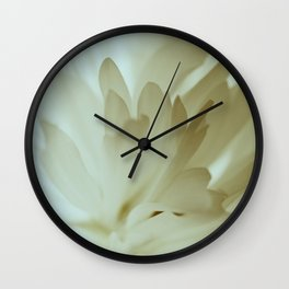 Romantic Flower Retro Vintage Look Wall Clock