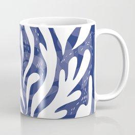 echo of the waves Coffee Mug
