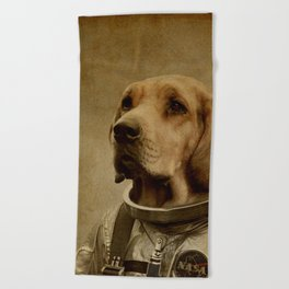 Discover space Beach Towel