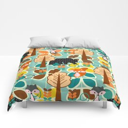 Magical forest with foxes and bears Comforters