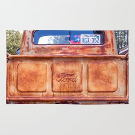 The old Ford Rug