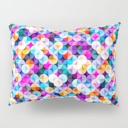 Interlacing circles parts artistic illustration pattern. Guatrefoil flower colorful diamond lattice endless ornament. Circle elements repeating fabric print. Geometric tile motifs. Pillow Sham