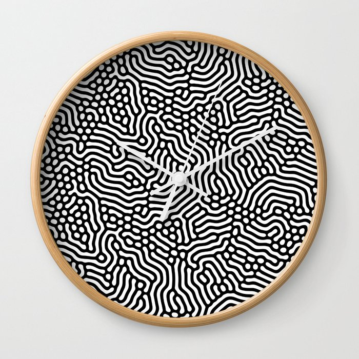 Huan Yazhu Wall Clock