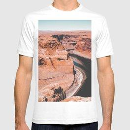 Closeup Horseshoe Bend and river in Arizona USA T-shirt