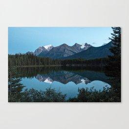 Vermillion Lakes, Banff National Park, Alberta Canada Canvas Print
