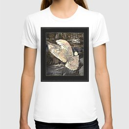 Bird Models: Majestic Dove 01-02 T-shirt