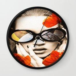 poppy pop (kate Moss) Wall Clock