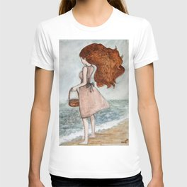 She and the sea T-shirt