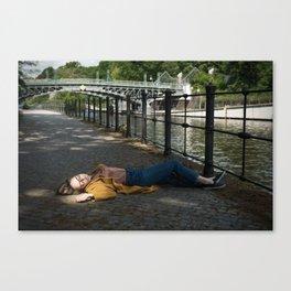 Wait in Berlin Canvas Print