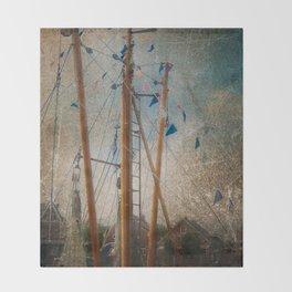 Mali in nave Carolinsiel Throw Blanket