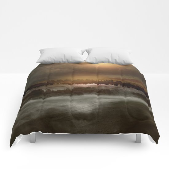 Magical sunset in winter Comforters