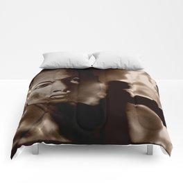 DEPARTURE TO METROPOLIS Comforters