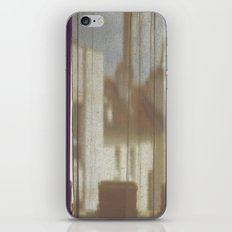 Au Petit Matin iPhone & iPod Skin